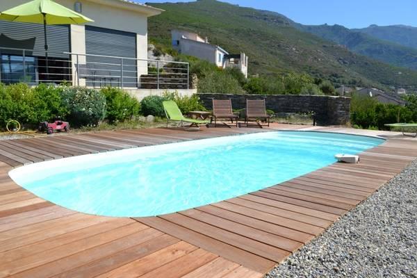 Prix de piscine avec plage : Comparez les prix des Piscinistes