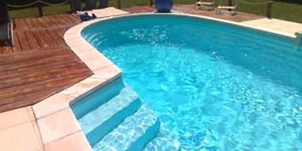 Devis piscine enterrée : Comparez les prix des piscinistes